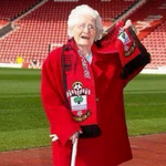 How long until Liverpool make a £15m bid for Southamptons tea lady? http://t.co/eVOtwAj0gH