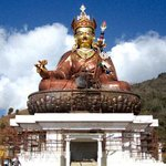 A Nepali craftsmen led a team to built the worlds biggest Padmasambhavan statue in #Bhutan http://t.co/NfMpIHSjPn http://t.co/WwKoQrdvU6