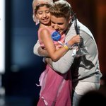RT @justinbieber: Great night. Happy for Grace http://t.co/tnEJ27DCAf