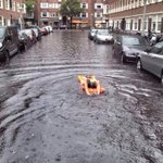 So after a long rainy night.. This is what dutch people do ???? http://t.co/HTFZRKZfGi