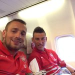 RT @MatDebuchy: My first day with @Arsenal !!!! http://t.co/tFGcVKmUZp
