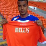 RT @WillWatt: Blackpool have signed Jacob Mellis on a one year deal with the option of a further 12 months. http://t.co/Nx5nJEEv6c