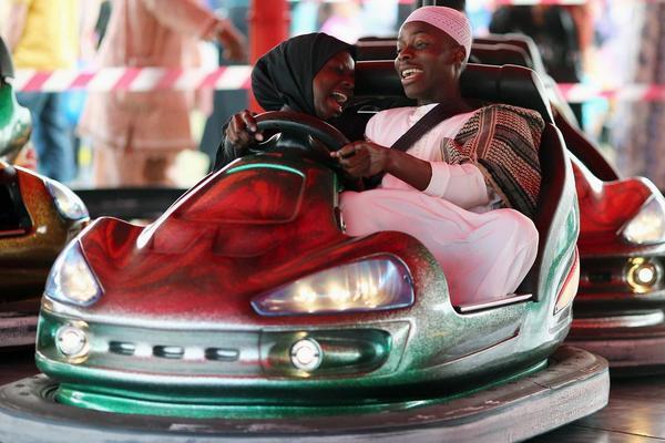 ٣٨ صورة من صور الوكالات العالمية لملامح الفرح والعظمة الإسلامية بالعيد http://t.co/1ExQXAriHb  #العيد_حول_العالم http://t.co/p4j0ji6tdR