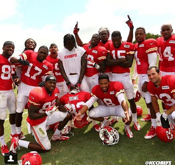 QC👌the fam, KC the team u should come join my movement...@MigosATL @KCChiefs #ChiefsCamp
