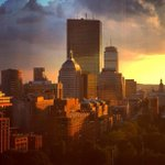 RT @BaxterHolmes: Via fellow Oklahoman @NancyChenNews: sunset after a day of wild weather in #Boston http://t.co/5pBOzqsk5u