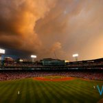 RT @OnlyInBOS: But guys, the sunset over Fenway this evening tho... (via @WickPhoto) http://t.co/XAqMRAWlwF