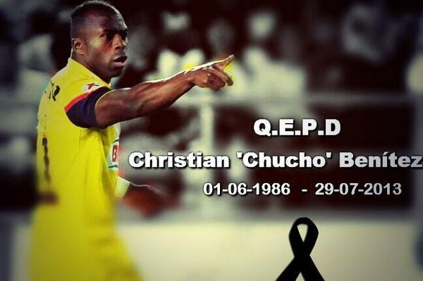 Un año Chucho. Todo el Ecuador te recuerda. http://t.co/OdvH7j1mXM