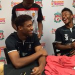 Very funny moment in @DunkinDonuts in NJ as @sterling31 cant contain his laughter as #mufc fan turns up http://t.co/vgnpjGTH0R