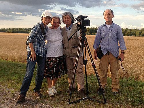 鎌仲ひとみ監督(@kama38)が福島とベラルーシのお母さんたちを描く『小さき声のカノン-選択する人々』クラウドファンド実施中http://t.co/nsDKJJidfc … http://t.co/DxvgUrWgeS