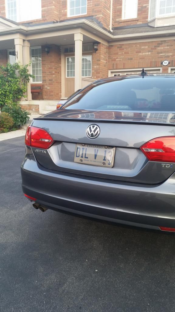Lmao, Punjabi people in Brampton got the sickest license plates. #MadRomantic #DilViTera http://t.co/ZORtxWoFJJ