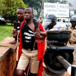 #t Police arrests Makerere Students over protests | http://t.co/8LYqdpaUJG http://t.co/FCLE1uwCtV