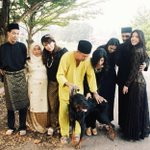 Saw this photo in my IG feed. Might be one of my fav raya photo so far. http://t.co/f6G4drGb4r