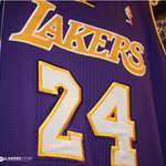 Gear up in your favorite @Lakers jersey in store @TEAMLA_Store @STAPLESCenter & online at http://t.co/kfG7CayZ8a http://t.co/TTTVG17Vx9