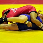 GOLD!! Vinesh beats Engs Rattigan 11-8 in womens 48kg wrestling! #CWG2014 LIVE: http://t.co/LiFBdPrEQg (file pic) http://t.co/7a14q5XbU8