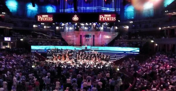 BİFO'nun #bbcproms konseri M. Balakirev'in Islamey eseriyle başladı. @RoyalAlbertHall http://t.co/w1ADk6kZXj