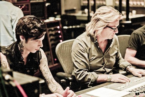 ".@OfficialBVB's @AndyBVB talks ""aggressive"" new album w/ Bob Rock & misconceptions about BVB http://t.co/Nm7Av7joDf http://t.co/XblCF5E1OB"
