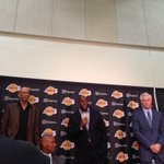 RT @LakersNation: RT @SerenaWinters: Welcome Byron from Magic, Kareem and Jamaal Wilkes http://t.co/G40u0zXtzT