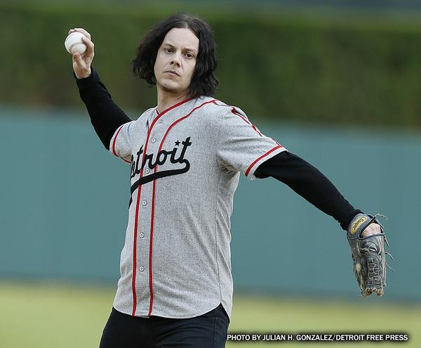 Speaking of #Tigers, musician Jack White threw out the first pitch. http://t.co/ltwByLw1kE