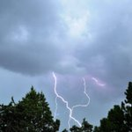 Cat Montoya got this shot from the #ABQ heights as the storm rolled through this afternoon. #nmwx http://t.co/bKFAWcAYlK