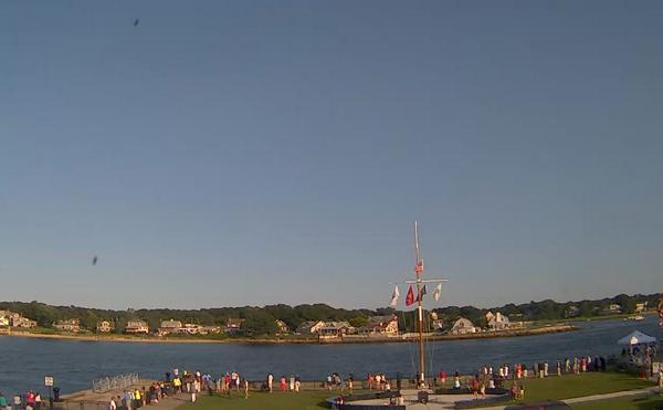 Crowds gathering along #CapeCod Canal for tonight's fireworks show. Image from @MMAAdmissions. Weather looks great. http://t.co/cbRAEFa9Wi