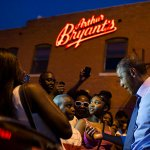 RT @KCMO: Great photo! RT @petesouza: Pres Obama talking to a youngster outside Arthur Bryants BBQ tonight in KC http://t.co/1nRwqs9tlM