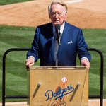 RT @Sportsnet: Hall of Fame announcer Vin Scully to return for record 66th season with Dodgers. http://t.co/r5HMz3nXXk http://t.co/MF1JPgjrjE