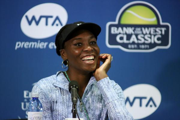 After her 1st round victory today, @Venuseswilliams is all smiles! http://t.co/8BPrdpl0tA