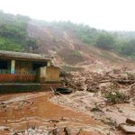 Heavy rains cause landslide at Ambegaon near Bhimashankar, Pune; 150 feared buried http://t.co/uyJKvGiUYS