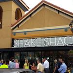 "I bet there was ample parking ""@orlandosentinel: Winter Park Shake Shack opening party http://t.co/0m1EOxCftS http://t.co/ISdWvQsseC"""