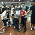 Super Junior seen preparing for their comeback with Tony Testa http://t.co/rFFUaXsFDQ http://t.co/Qg62ESM9Fv