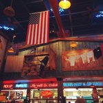 This place is amazing #portillos #chicago http://t.co/ZrKjWA7vmb