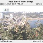 Due to Downed Tree at SW 4th & Caruthers.. Traffic WB on Ross Island Bridge is jammed. Time Saver: Use Hawthorne. http://t.co/Xj3QhGJDXi