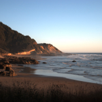 I like it. RT @OPB: #Oregon considers a smoking ban on coastal beaches http://t.co/lKzWtxmO4m http://t.co/Hk0dJmO7qv
