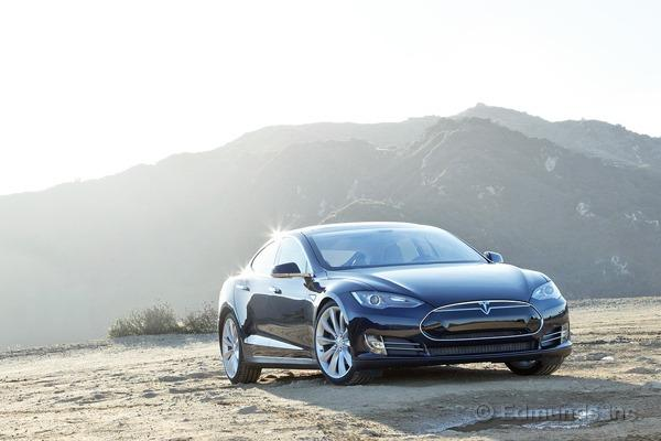 Our Year w/the @TeslaMotors Model S: Numerous repairs overshadowed an otherwise impressive car http://pic.twitter.com/pXB2Wtc8nN http://edmu.in/1xzOpWg