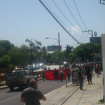 Reporta @VigiaSV: Marcha frente a Hospital General. http://t.co/ChDsEwumKo