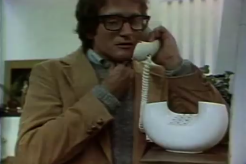 The 8 best commercials featuring #RobinWilliams. One from the 70's when he was still unknown..http://t.co/2tqe87F89K http://t.co/Oszn8wJo0D