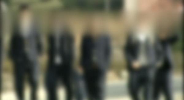 """세상이 어찌되려고....""""@insight_co_kr: 중학교 1학년 학생이 """"담배를 피운다""""는 이유로 3학년 학생에게 맞아서 사망하는 사건이 발생했다. http://t.co/dHZCWNUNox http://t.co/AvDVoL7mbr"""""""