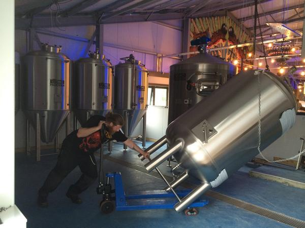 I say big. It's bigger than Alain and Bowman. They skilfully manhandled her into place. #beer @BrewDogDogTap @brewdog http://t.co/IBxF49PsDJ
