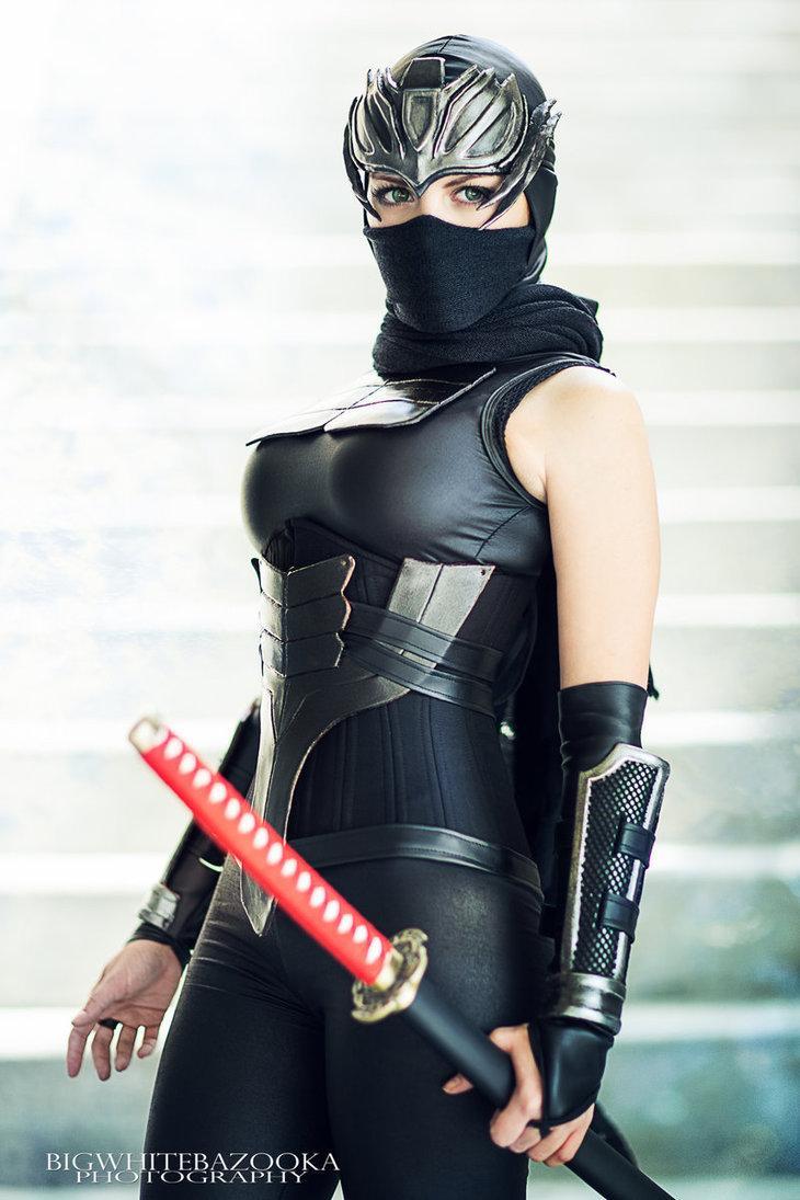 Ryu Hayabusa (Ninja Gaiden) par NadyaSonika #cosplay #tecmo #ninjagaiden http://t.co/k05zXviL4y