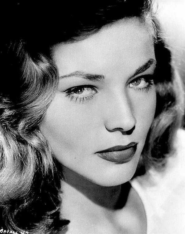 Adiós a Lauren Bacall (1924-2014): RIP. Semana dura para el cine... http://t.co/lPVtwPpxC6