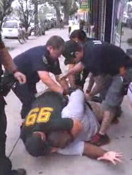 USA doesn't comply with law that requires reporting on police use of deadly force http://t.co/DQ4hmsGY6K #Ferguson http://t.co/NTQZv7n0hy