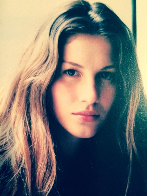 Gisele for vogue 1998 hair by me http://t.co/UXymLowKf8