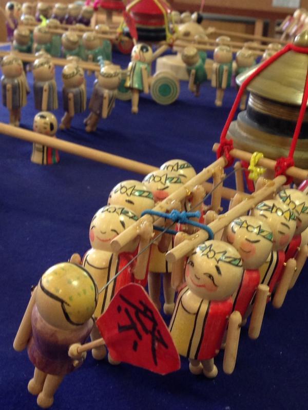 祭りだわっしょい\(^o^)/ な、コマを展示しております。深川東京モダン館。 http://t.co/7dw1zQ5dur