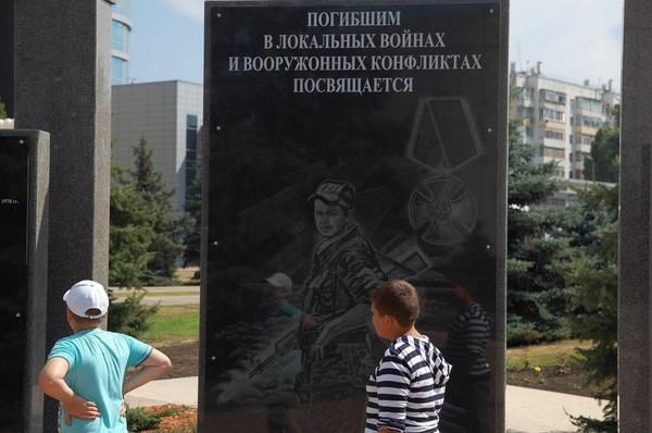 Российские тюремщики запретили передавать похищенной летчице Савченко украинские книги - Цензор.НЕТ 4438