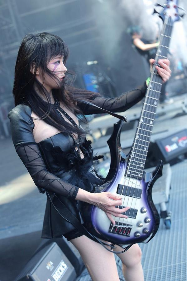 Thank you Wacken and fans all over the world. You keep me moving forward! :) http://t.co/p7s9sLgEQc
