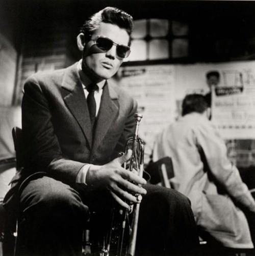 Chet Baker, 1955  (By Susanne Schapowalow) http://t.co/5FVZ7AnSpn