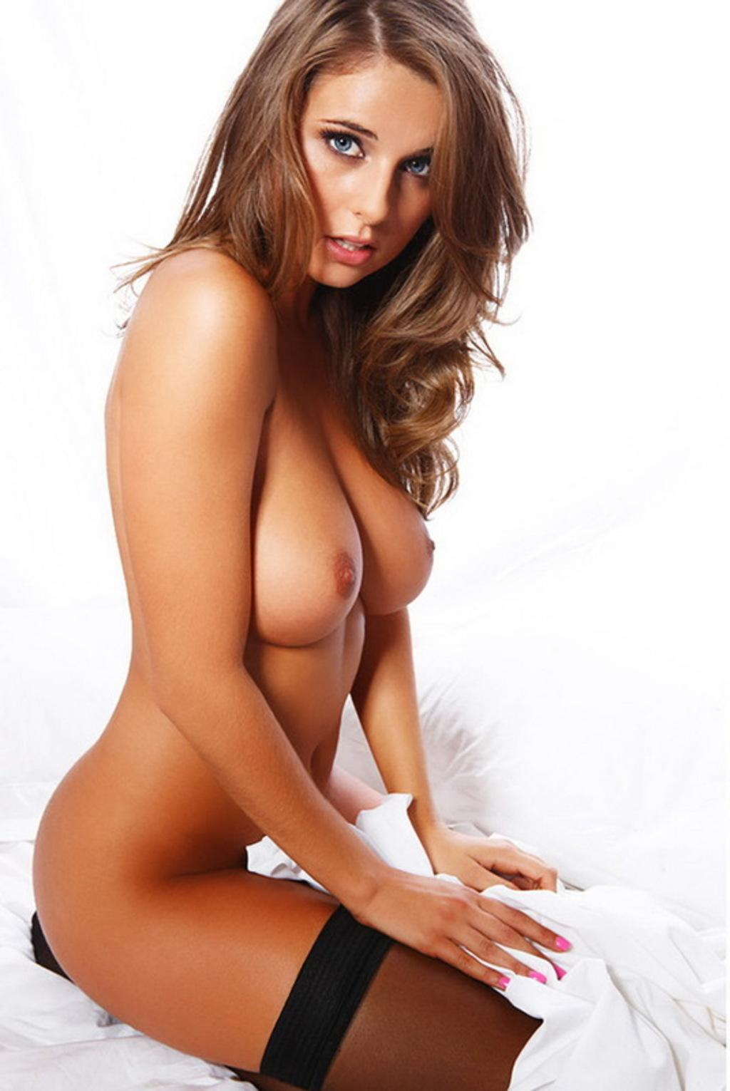 Elle Basey can get it http://t.co/w8g1DwLKiB