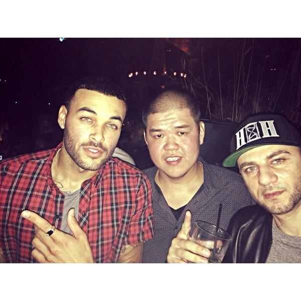 Out and about with my bros @itsdonbenjamin and @jimsontamano thankful everyday I get to enjoy my life #stayhumble http://t.co/BSynFfllzE