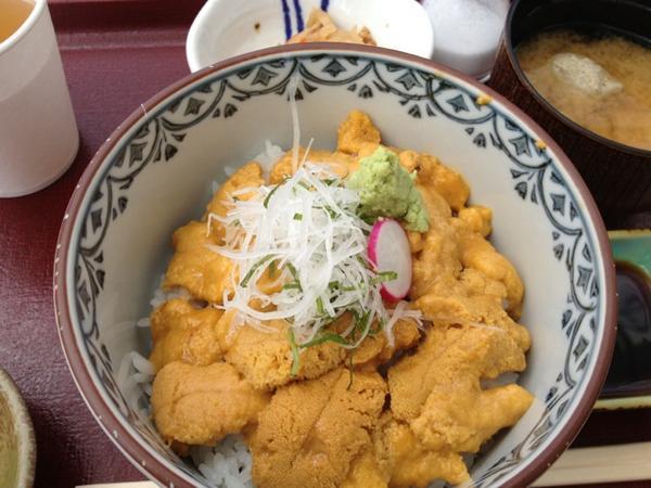 そして! 志のやさんのキラキラうに丼!!  #南三陸 キラキラ丼 http://t.co/DExbKie5s2
