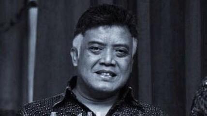 Innalillahi wa innailaihiroji'un. RIP Mamiek Prakoso. Indonesia kehilangan satu talenta. Terima kasih karyanya, mas http://t.co/K6ZkCYiDMc